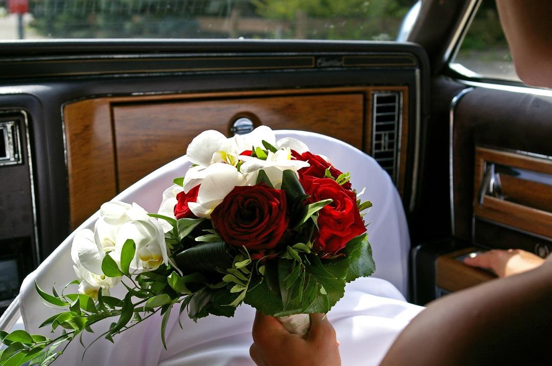 bridal-bouquet-3472332_1920